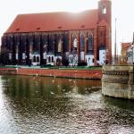 Widok na kościół Najświętszej Marii Panny we Wrocławiu.